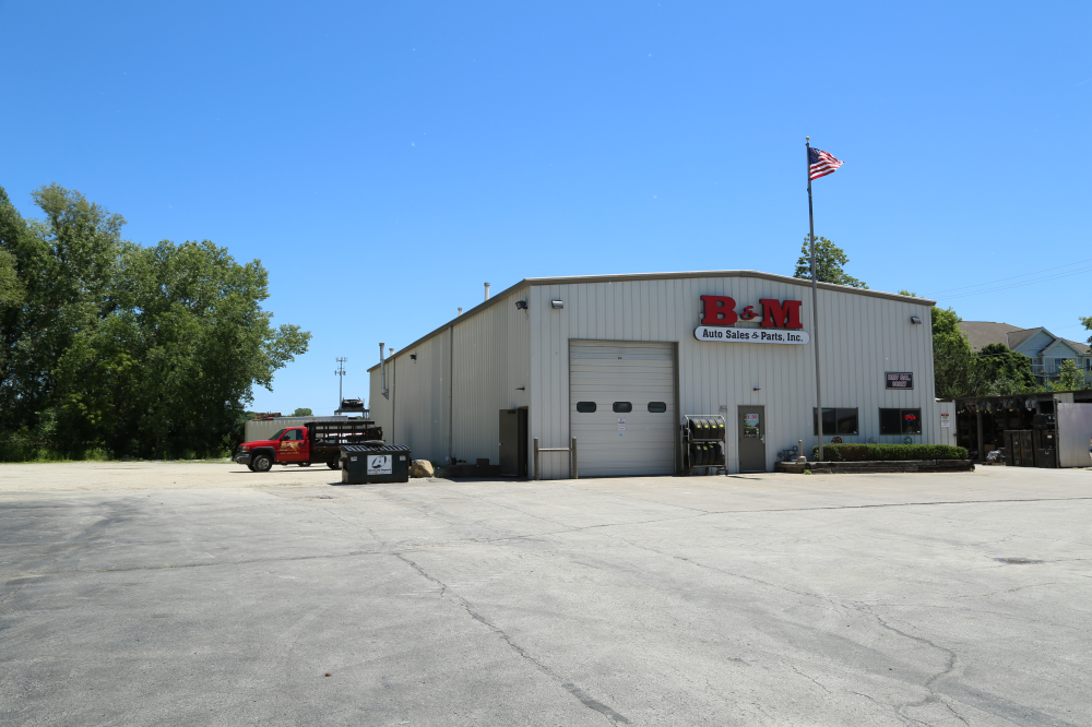 B&M Auto Sales and Parts serves all of southeast Wisconsin